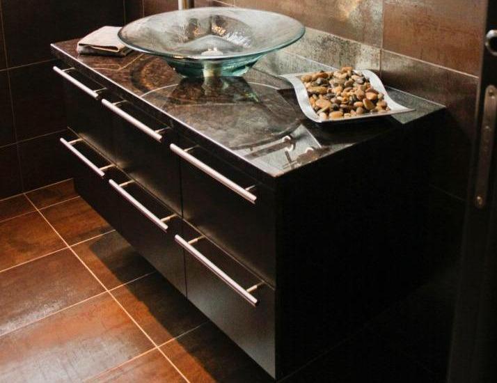 vanit de salle de bains laval montr al rive nord armoires cuisi proteck inc. Black Bedroom Furniture Sets. Home Design Ideas